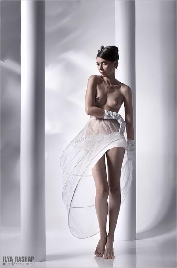 Фото платье в стили ню